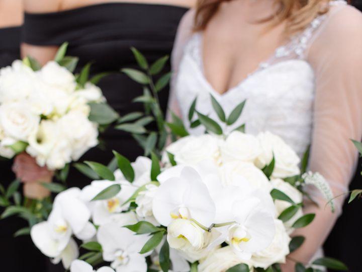 Tmx Connieandnickhighlights 0065 51 165270 157599371830379 Dallas wedding florist