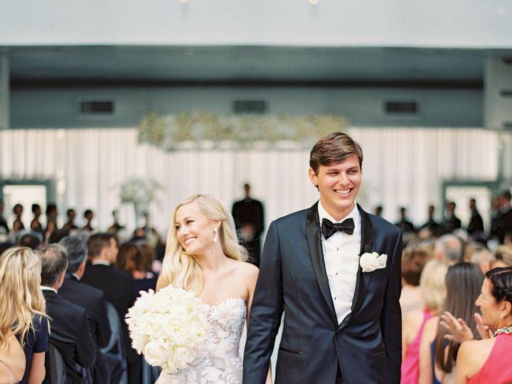 Tmx Jouleweddingbylaurenpeelephotography137 Copy 51 165270 157599411053150 Dallas wedding florist