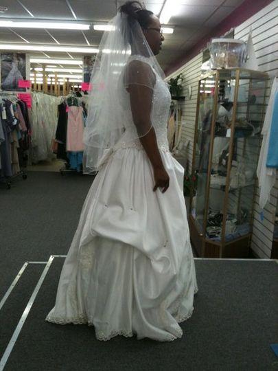 Wedding dress alterations kansas city mo bridesmaid dresses for Wedding dresses iowa city