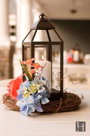 lantern floral grapevine