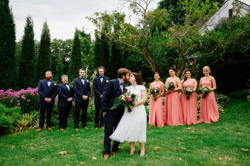 The witnessed kiss - Jen Montgomery Photography