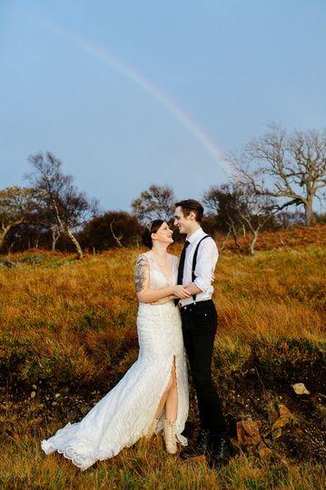 Love in the fields - Jen Montgomery Photography