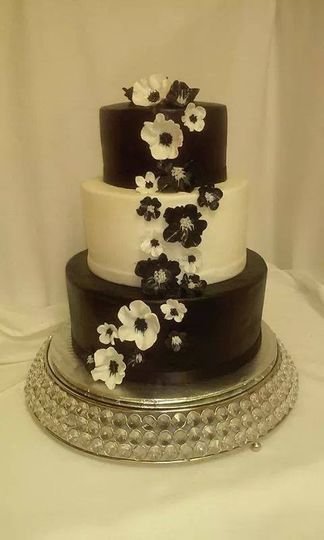 how much batter for wedding cake batter up cakes wedding cake greeley co weddingwire 15442