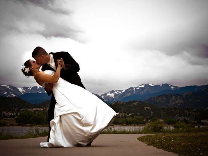 Tmx Kiss Couple Copy 51 8270 1566260501 Estes Park, CO wedding venue