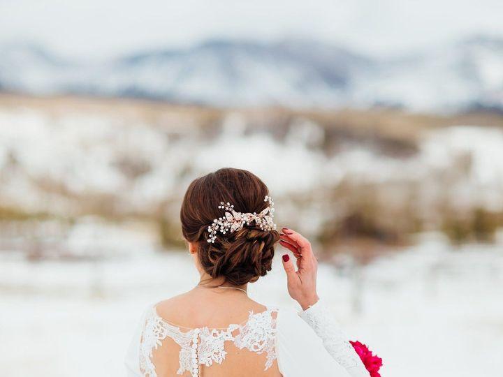 Tmx 1528932291 54da188a0dacdad4 1528932290 4d830bbb6d9fce85 1528932286180 15 33693841 10156286 Denver, Colorado wedding beauty