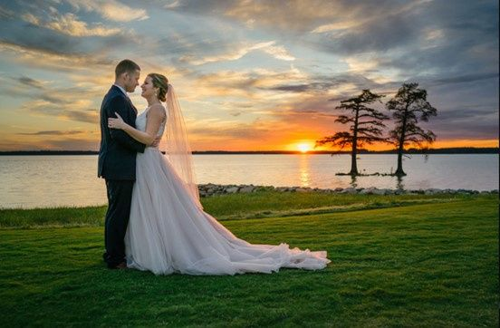 Tmx Couple Sunset 51 25370 160996173011135 Williamsburg, VA wedding venue