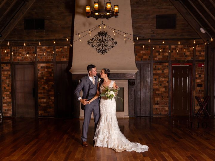 Tmx 42495007 1864280766941596 4186972916027490304 O 51 607370 Hauppauge, New York wedding photography