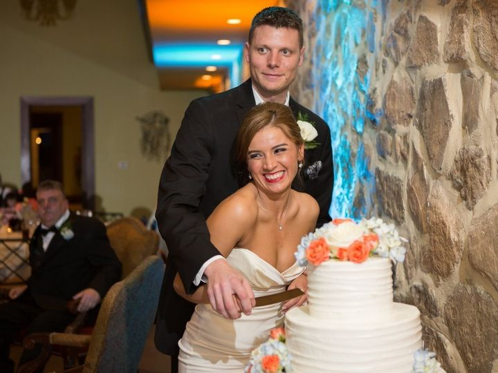 Tmx 1456346632827 Cutting Cake Leola wedding venue