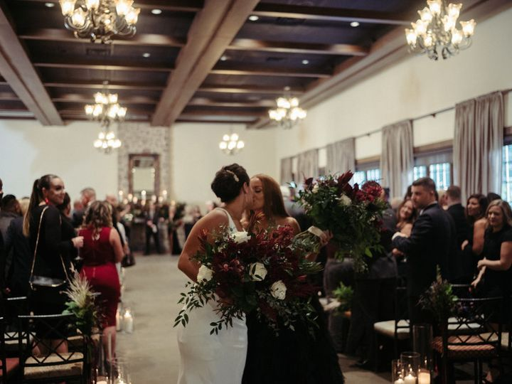 Tmx Jess Gillian 3 Lovesick Inc 51 89370 V1 Leola wedding venue