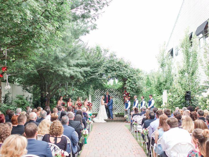 Tmx Tara Ash Favorites 0021 51 89370 V1 Leola wedding venue