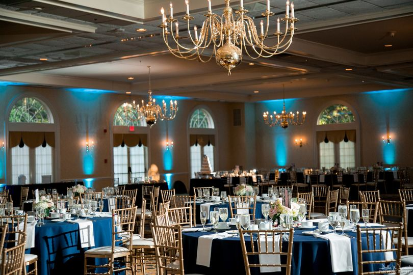 Spring Mill Manor Chancellor Ballroom. Photo by Allie Wynands Photography