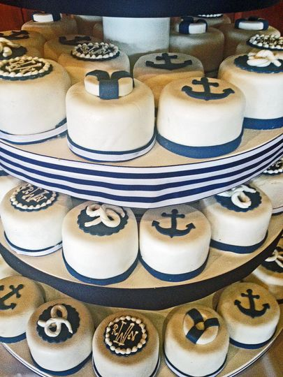 3beb3696c082e0bd 1525294381 c468d02862cacfb4 1525294400244 30 nautical mini cak