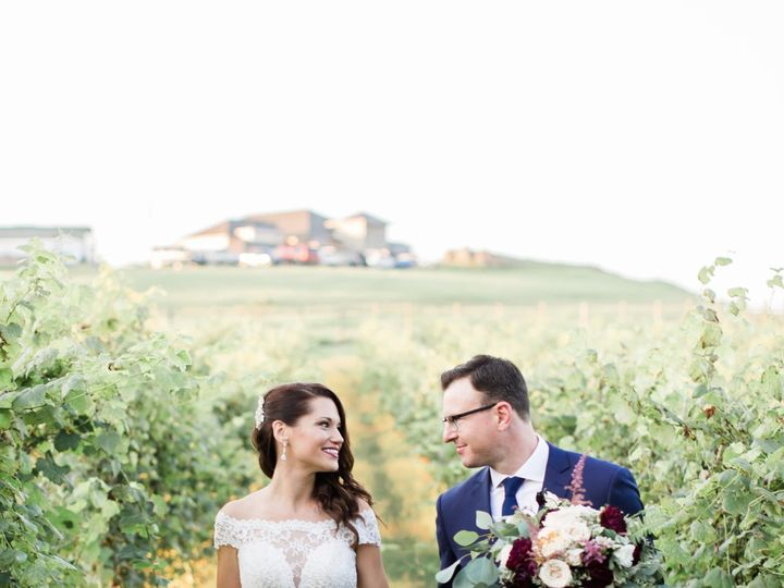 Tmx Candice Adelle Photography Blue Valley Winery Wedding Elena And Eli 58 Of 91 51 764470 Delaplane, VA wedding venue