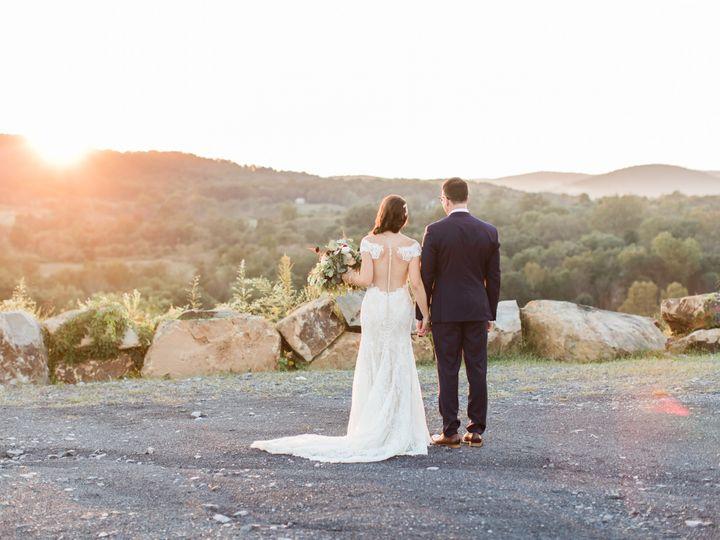 Tmx Candice Adelle Photography Blue Valley Winery Wedding Elena And Eli 85 Of 91 51 764470 Delaplane, VA wedding venue