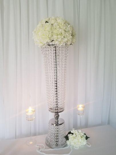"""32"""" flower vase"""
