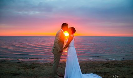 Outer Banks Weddings by Artz Music & Photography