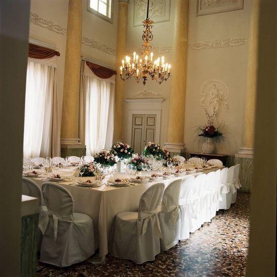 Italian sophisticated mise e place