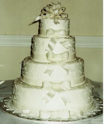 Tmx 1371484113378 Bows Hebron wedding cake
