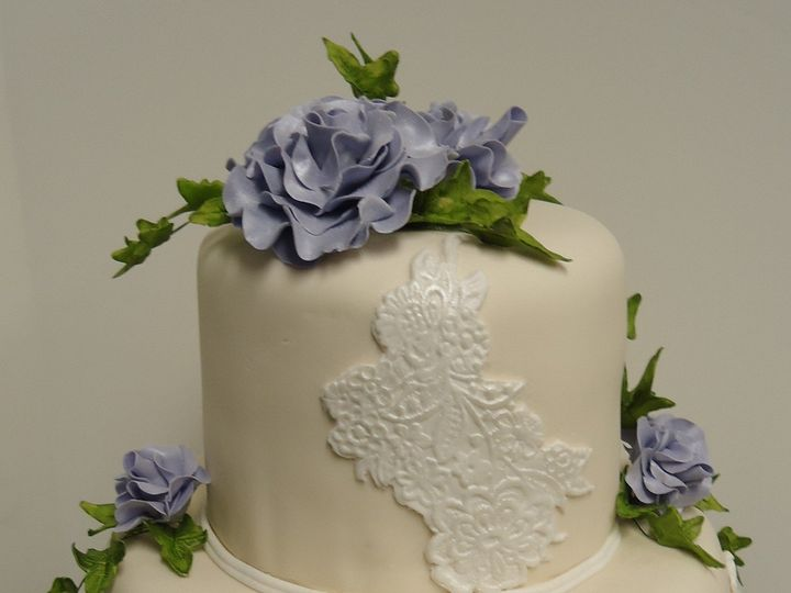 Tmx 1371484579574 Sugar Lace Elegance Hebron wedding cake