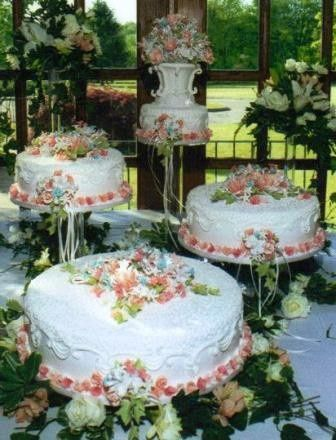 Tmx 1371484589086 Sugar Petals Roses Vase Adorn This Cake Hebron wedding cake