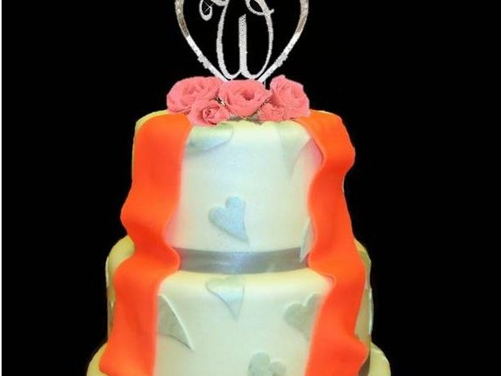 Tmx 1349030554895 SilverHeart2 Dover wedding cake