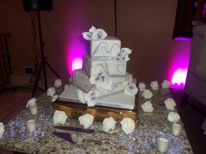 Tmx 1382624070086 1003090 Dover wedding cake