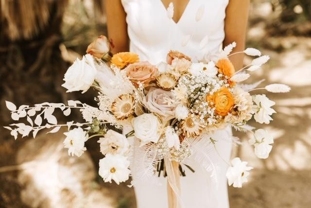 Desert-themed bouquet