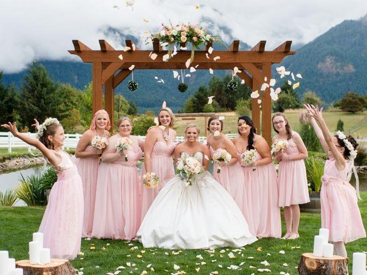 Tmx 1484353176813 15 0906actor 249 Lake Oswego wedding florist