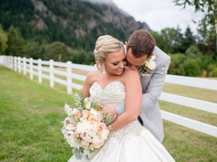 Tmx 1484353211501 15 0906actor 359 Lake Oswego wedding florist