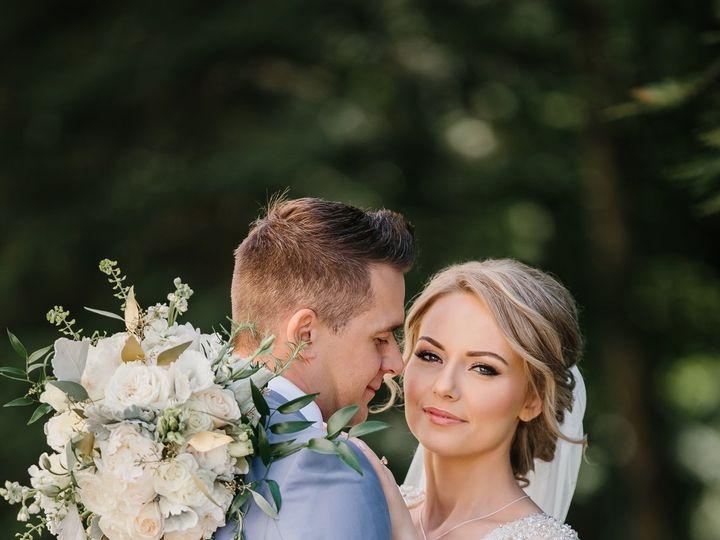 Tmx Eb 3 119 51 479570 V2 Lake Oswego wedding florist