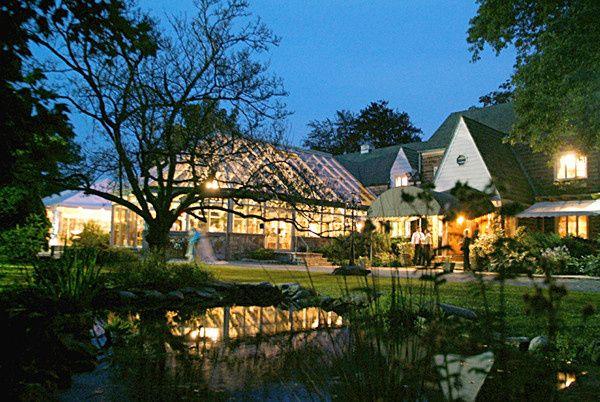 Springwood Manor with Pond