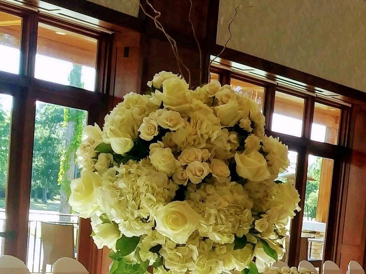 Tmx Centerpiece Tall 1 51 739670 159691088047871 Houston, TX wedding florist