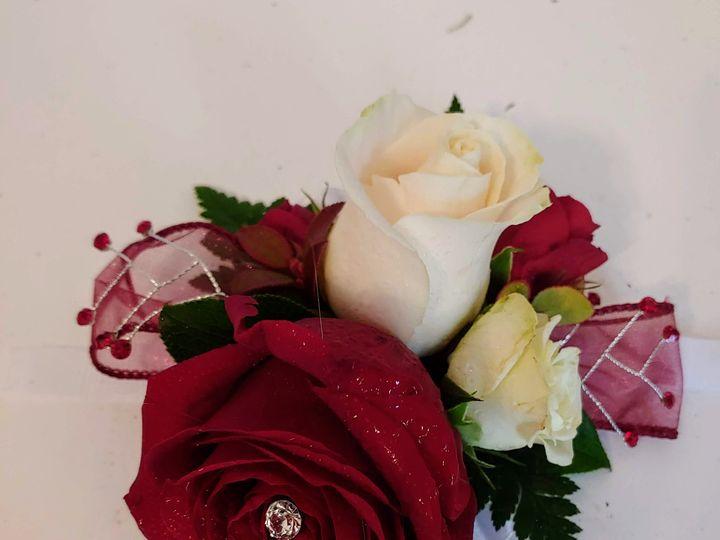 Tmx Corsage 3 51 739670 159691012237112 Houston, TX wedding florist