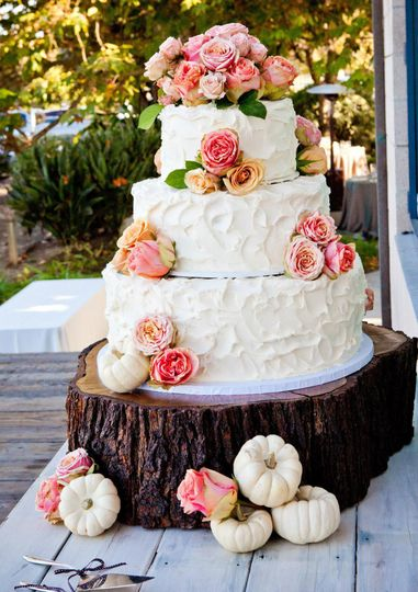 Three tier cake with pink flowers