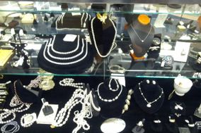 Adamark Jewelers & Silversmiths, Inc