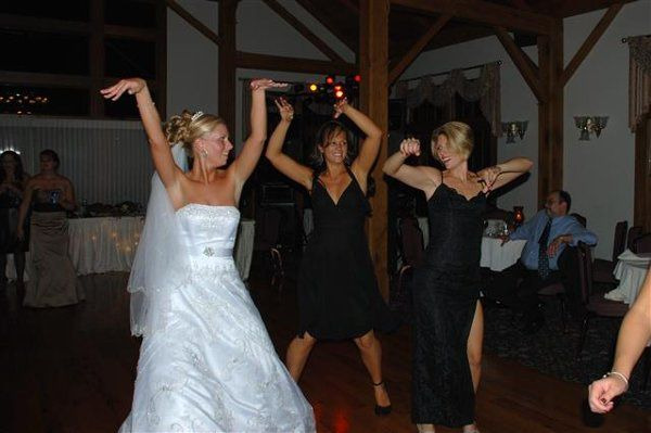 The bride dancing with her guests