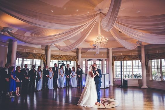 800x800 1493307513433 draping in ballroom