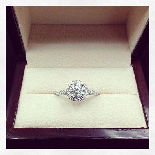 1 03ct diamond halo
