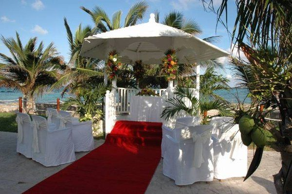 Tmx 1327616719663 WhiteGazeboElDoradoSeasideSuites West Chicago, Illinois wedding travel
