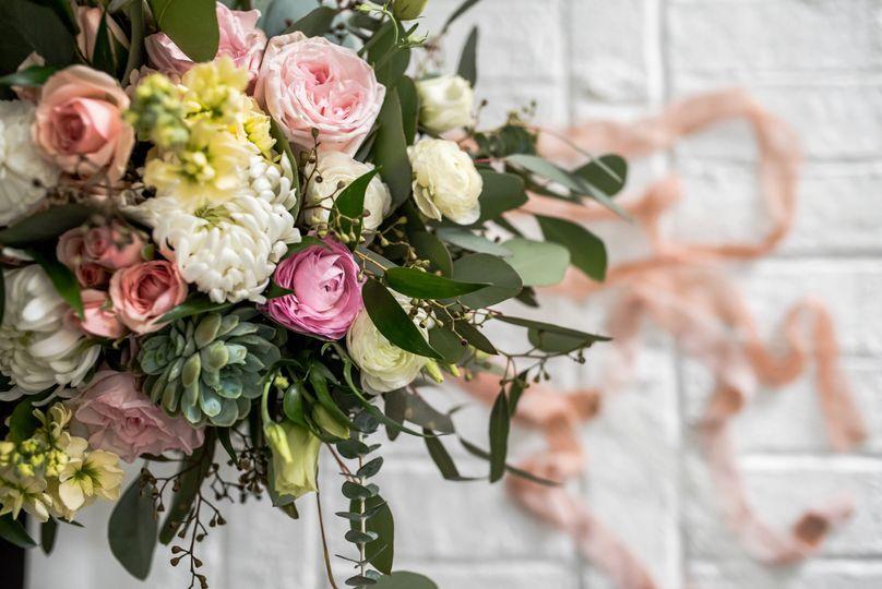 Roni's Roses Floral Design