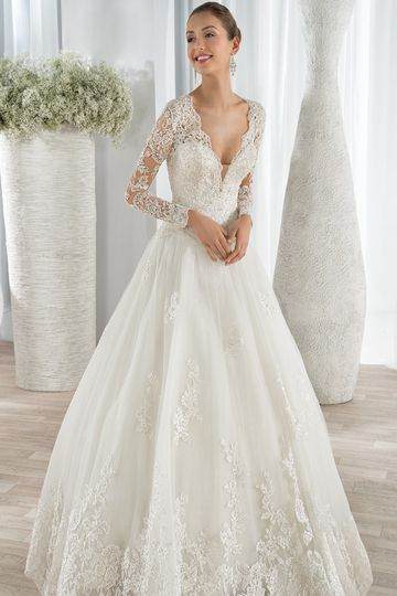 Wedding Dress Price Guide : Demetrios wedding dress attire nationwide