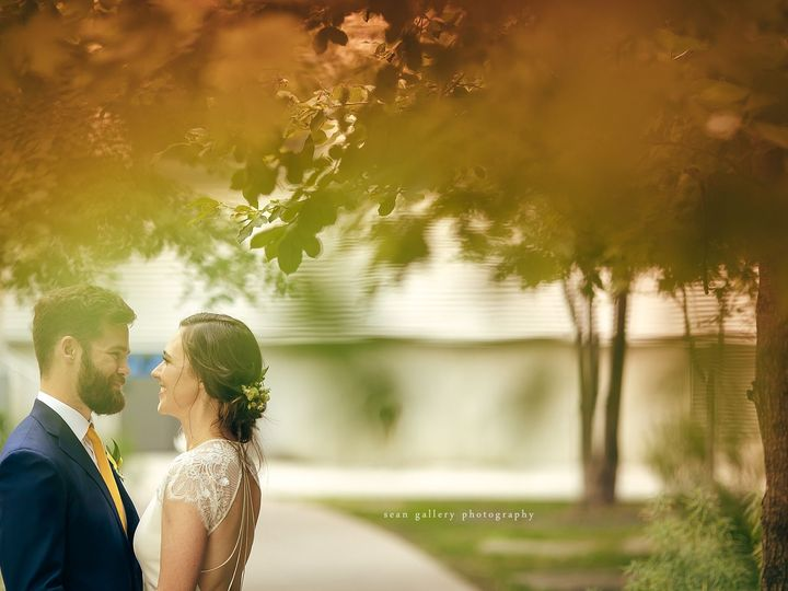 Tmx 1525305238 7bb0918ccf35abb3 1525305236 1a685cfab7acd16d 1525305213329 32 Brooklyn Grange 0 New York, NY wedding photography