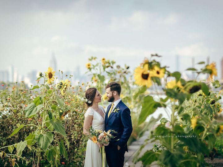 Tmx 1525305240 Bb5906218e39c066 1525305238 5c2c63ac4071303f 1525305213335 39 Brooklyn Grange 0 New York, NY wedding photography
