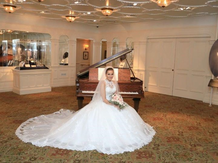 Tmx 060218 345 51 990970 1567620482 Pigeon Forge wedding venue