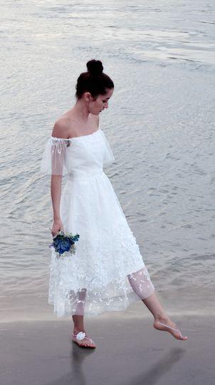 Seni Dey - Dress & Attire - London - WeddingWire