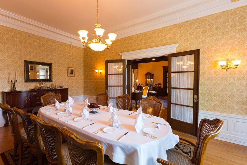 Mercersburg Inn dining room table