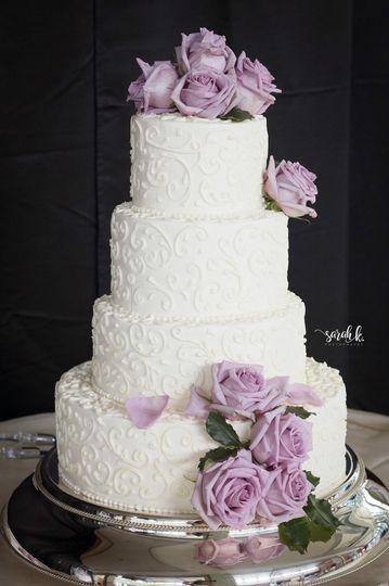 Lavender cascading roses