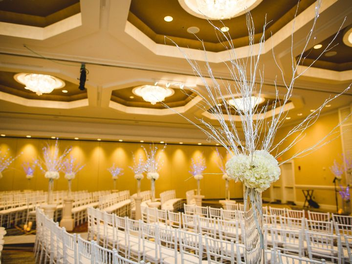 Tmx 516 Gustavovictoria Ceremony 9u6a7165 51 317970 1557947507 Burlington, MA wedding venue