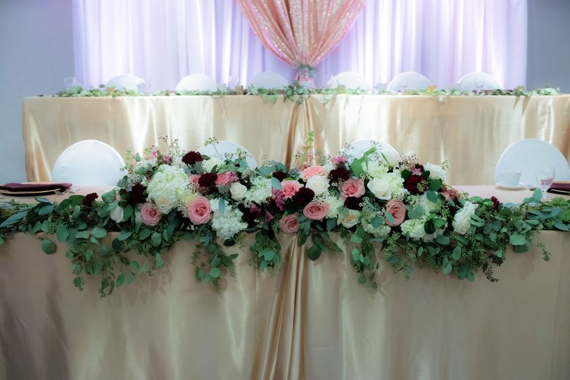 Two-tier head table