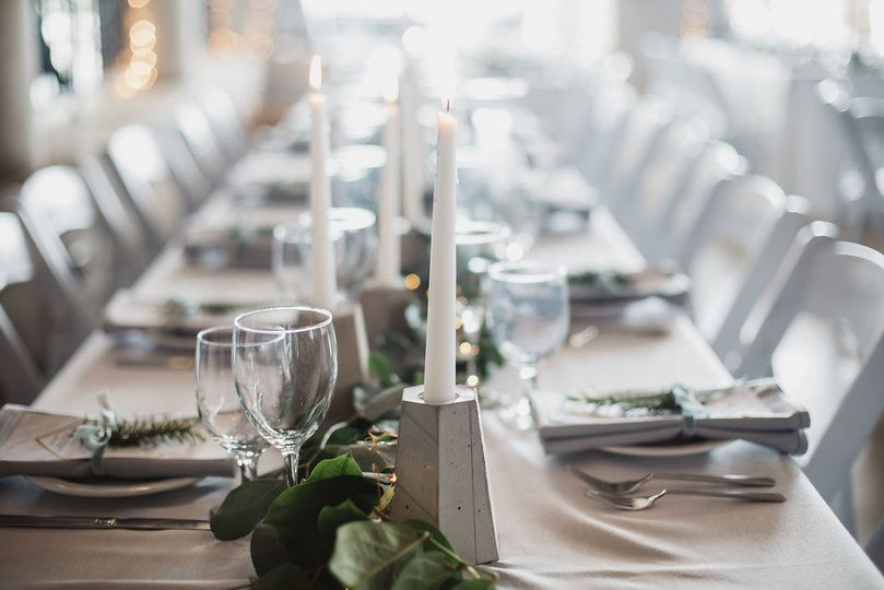 Clean and refined table setting